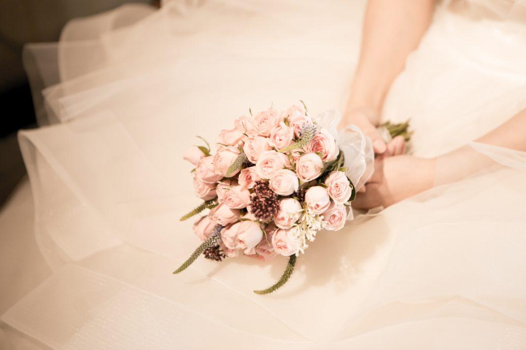 wedding planners, bridesmaids, professional bridesmaids